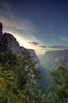 Vikos Gorge, Epirus, Greece by - Travel Tips Beautiful Islands, Beautiful Places, Concrete Leaves, Diy Concrete, Greece Travel, Greek Islands, Solo Travel, Travel Tips, Wonders Of The World