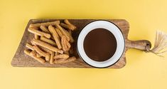 Churros with milk chocolate ganache by Greek chef Akis Petretzikis. A quick and easy recipe to make these lovely pastries that are served with a ganache dip! Milk Chocolate Ganache, Churros, Cooking Classes, Quick Easy Meals, Food To Make, April 20, Desserts, Recipes, Posts