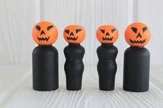 Jack-o Lantern Peg dolls Halloween Set Pumpkin by RogueWoodDesigns