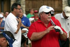 #Craig Stadler and Vince Gill... http://golfdriverreviews.mobi/golfpictures/ Bo Van Pelt (born May 16, 1975) is an American professional golfer who has played on both the Nationwide Tour and the PGA Tour.