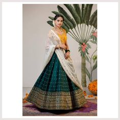 Latest Collection of Lehenga Choli Designs in the gallery. Lehenga Designs from India's Top Online Shopping Sites. Indian Fashion Dresses, Indian Bridal Outfits, Indian Gowns Dresses, Dress Indian Style, Indian Designer Outfits, Indian Designers, Designer Dresses, Half Saree Lehenga, Indian Lehenga