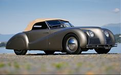 1939 Alfa Romeo Tipo 256 Cabriolet Sportivo to be auctioned at Monterey Car Week… Alfa Romeo Cars, Maserati, Ferrari, Bugatti, Retro Cars, Vintage Cars, Antique Cars, Vintage Signs, Classic Cars