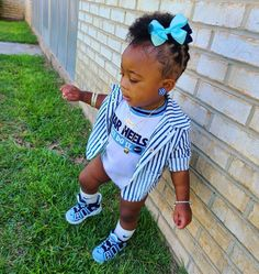 "🎀JADA KHALIA🌻Fashion & Hair on Instagram: ""I dont play 🏀, BUT I control all the plays💙🤧💅 ⚠️LIKE, SHARE & SAVE...check out my story ⭐Outfit Details: @nike @nikeairuptempoonly…"" Everything Baby, Jada, Hair Styles, Outfits, Fashion, Hair Plait Styles, Moda, Fashion Styles, Hairdos"