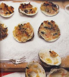 Clams with Oregano and Bread Crumbs (Vongole Origanate) From: Mario Batali's Feast of the Seven Fishes Our hands-on video guide to prepping a traditional Italian Christmas Eve dinner by Sarah Kagan Clam Recipes, Seafood Recipes, Cooking Recipes, Cooking Ideas, Christmas Eve Dinner, Italian Christmas, Christmas Meals, Christmas Dishes, Christmas Cooking