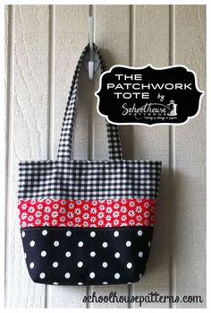 Patchwork Tote by Schoolhouse Patterns. Six pockets insided. Perfect for a purse or a diaper bag.