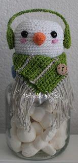 Dekselse Potjes Crochet 101, Crochet Baby Toys, Crochet Cozy, Crochet Winter, Crochet Patterns, Crochet Hats, Crochet Jar Covers, Crochet Christmas Decorations, Crochet Snowman