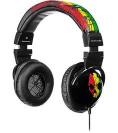 Rasta Skullcandy headphones to match with my Rasta Skullcandy belt!