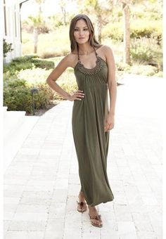 WOOD DETAILED HALTER MAXI DRESS