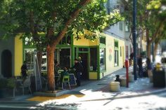 Duboce Park Cafe, Duboce & Sanchez (Duboce Triangle neighborhood) on the N line. $, been after Smuin Ballet open rehearsal at Academy of Ballet