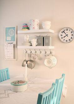 sweet little kitchen room - Bathroom Decor Ideas Cute Kitchen, Little Kitchen, Kitchen Decor, Kitchen Storage, Wall Storage, Ikea Kitchen, Kitchen Chairs, Kitchen Shelves, Kitchen Interior