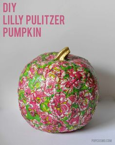 Lilly Pulitzer Halloween Pumpkins are so simple to make with step-by-step pics.