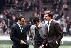 Jimmy Greaves, Terry Venables and Pat Jennings before the 1967 FA Cup final Pat Jennings, Harry Redknapp, Jimmy Greaves, Football Odds, Tottenham Hotspur Football, White Hart Lane, West Bromwich, North London, Goalkeeper