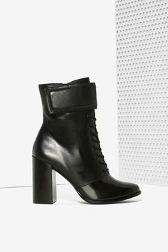 Ateljé Markie Lace-Up Leather Boot