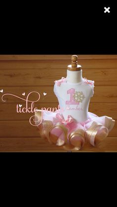 Items similar to Winter ONEderland Tutu Outfit -Baby girls birthday - Pink and gold- Includes snowflake top and ruffled tutu- Can be customized on Etsy Elephant Birthday, Baby Girl 1st Birthday, Birthday Tutu, First Birthday Parties, First Birthdays, Birthday Ideas, Winter Onederland, Tutu Outfits, Pink Tulle