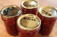 Strawberry Chipotle Jam by onehundreddollarsamonth #Jam #Strawberry #Chipotle