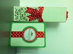 Geburtstagsgeschenk für eine nette Kollegin... (in der Verpackung steckt eine große Prinzenrolle)