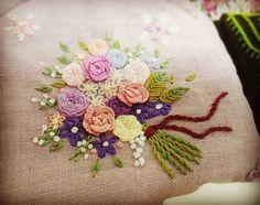 #자수 #프랑스자수 #자수스타그램 #광양프랑스자수#광양 #순천 프랑스자수 #embroidery #stitch #needlework #bouquet
