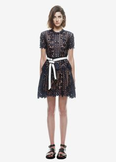 a2459008942c9 18 Best Self Portrait Dressess images   Midi dresses, Midi length ...