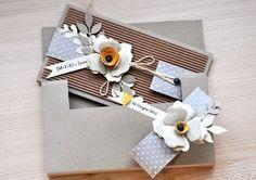 CARDS: kraft e fiori per un matrimonio.anzi due! by Manu Money Envelopes, Card Envelopes, Scrapbooking, Scrapbook Cards, Wedding Cards Handmade, Gift Envelope, Shaped Cards, Easel Cards, Wedding Crafts