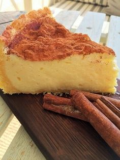 This sounds gooood. (recipe is in Afrikaans) Nostalgiese Melktert Tart Recipes, Baking Recipes, Sweet Recipes, Dessert Recipes, Custard Recipes, Cheesecake Recipes, Easy Desserts, Melktert Recipe, Korslose Melktert