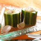 Concombres à la crème d'ail - une recette Entre amis - Cuisine