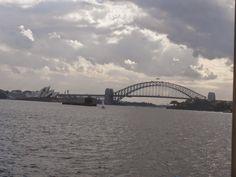Vistas de Sydney desde el puente de la bahía