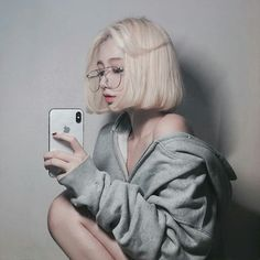 We provided more than free asian beauty, model sexy image galleries Ulzzang Short Hair, Korean Short Hair, Ulzzang Korean Girl, Cute Korean Girl, Cute Asian Girls, Ulzzang Fashion, Korean Fashion, Pelo Ulzzang, Pretty People