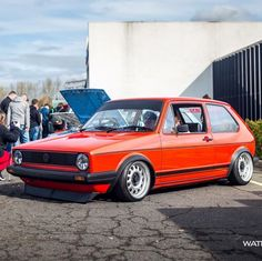 Golf 1, Supercars, Vw Fox, Jetta Mk5, Volkswagen Golf Mk1, Bmw E38, Vw Group, Vw Cars, Car Pictures
