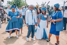 Modern Tswana Wedding Dresses 2019 Bonolo and her better half needed a rich current Tswana wedding to recollect. African Fashion Designers, African Men Fashion, African Fashion Dresses, Africa Fashion, African Bridesmaid Dresses, African Wedding Dress, African Attire, African Dress, African Style