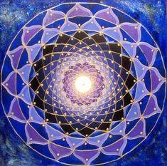 Blue Purple geometric flower