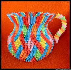 Resultados de la Búsqueda de imágenes de Google de http://4.bp.blogspot.com/-9FJh34gseA0/T2DRCYstrKI/AAAAAAAAANY/F2-HOi-4FYQ/s1600/Origami_vase_with_ear_by_blackwild.jpg