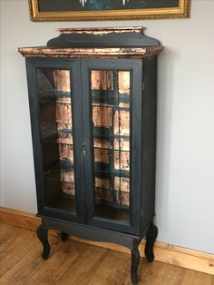 Painted in Graphite Chalk Paint by Annie Sloan and copper leaf detailing Display cabinet. Painted in Graphite Chalk Paint by Annie Sloan and copper leaf detailing Gold Leaf Furniture, Funky Painted Furniture, Chalk Paint Furniture, Metal Furniture, Upcycled Furniture, Furniture Projects, Furniture Makeover, Diy Furniture, Furniture Websites