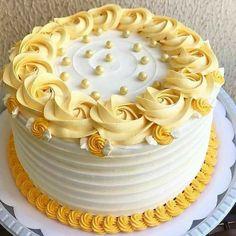 Chocolate flavoured simple yet elegant cake. by crusty cake Cake Decorating Frosting, Cake Decorating Designs, Creative Cake Decorating, Birthday Cake Decorating, Creative Cakes, Vanilla Birthday Cake Recipe, Easy Birthday Cake Recipes, Easy Cake Recipes, Vanilla Cake