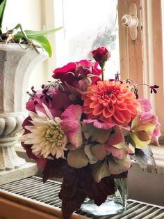 Floral Wreath, Wreaths, Home Decor, Flowers, Deco, Floral Crown, Decoration Home, Door Wreaths, Room Decor