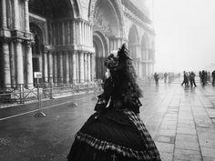 #italy #piazzasanmarco #venice #veniceitaly #bw #veneziadavivere #blackandwhite #blackandwhitephotography by monika.lenczewska