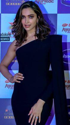 Indian Bollywood Actress, Beautiful Bollywood Actress, Bollywood Fashion, Beautiful Actresses, World Most Beautiful Woman, Gorgeous Women, Gorgeous Lady, Indian Celebrities, Bollywood Celebrities