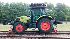 Ciągnik manewrowy szynowo-drogowy www.dekor.poznan.pl Tractors, Vehicles, Vehicle, Tools
