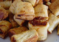 Sausage rolls Nectarine Chutney, Lasagna Bites, Perfect Grilled Cheese, Matzo Meal, Clay Oven, White Chocolate Chip Cookies, Sour Soup, Sausage Rolls, Chutney Recipes