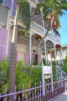 Artist House Bed and Breakfast, Key West, original home of artist Gene Otto and his haunted doll Robert.
