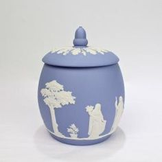 Wedgwood Jasperware Covered Jar / Biscuit Barrel, 1960