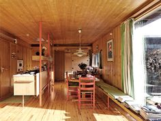 Are Vesterlids villa for Inger and Per Aass from 1961 – one of the highlights of Norwegian post-war architecture. Interior Architecture, Interior Design, Construction Design, Retro Home Decor, Mid Century Design, Kitchen Interior, Kitchen Rug, Danish Design, Decoration