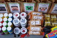 Minecraft party -- goody bag ideas and printables Kids Birthday Themes, 10th Birthday Parties, 8th Birthday, Birthday Cake, Minecraft Party Favors, Minecraft Birthday Party, Goodie Bags For Kids, Goody Bags, Party Favor Bags