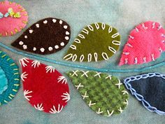 Sue Spargo: Leaves embroidered with Chenille Silken Perle Seagrass Silk Thread Perle Cotton and Dazzle Thread Felt Crafts, Fabric Crafts, Sewing Crafts, Sewing Projects, Diy Crafts, Wool Embroidery, Cross Stitch Embroidery, Embroidery Patterns, Quilting Patterns