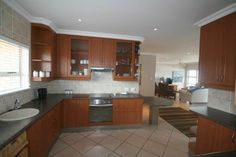 STUNNING PENTHOUSE FOR VALENTINE'S SPECIAL | Margate | Gumtree South Africa | 109580060