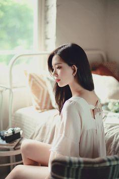 Pretty Korean Girls, Beautiful Asian Girls, Korean Beauty, Asian Beauty, Girls Fashion Clothes, Girl Fashion, Korean Girl Photo, Asian Cute, Ulzzang Korean Girl
