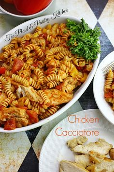 ~ Chicken Cacciatore ~ The Plaid & Paisley Kitchen ~ How about Dinner in about 10 min? Sound like a good idea? Then get ready for the most flavorful, wholesome and quick dinner you have ever made! An amazing homemade sauce with pasta and grilled chicken. Turkey Recipes, Chicken Recipes, Dinner Recipes, Easy Weeknight Meals, Easy Meals, Recipes Using Pasta, Chicken Cacciatore, Homemade Sauce, Italian Recipes