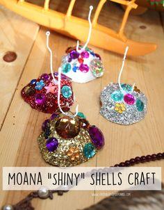 """Moana """"Shiny"""" Shells Craft + Family Movie Night #MoanaOnDigital AD"""