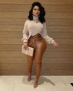 The latest dress trends for the latest new outfit fashion trends, outfit ideas, celebrity style, designer news and runway looks. Classy Outfits, Sexy Outfits, Stylish Outfits, Winter Fashion Outfits, Fall Outfits, Autumn Fashion, Summer Outfits, Black Girl Fashion, Look Fashion