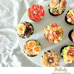 Buttercream Flowers, Floral Cake, Bud, Pink Flowers, Cake Decorating, Backyard, Spring, Desserts, Instagram