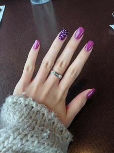 17 ideas manicure purple design パープルネイルのアイデア for 2019 Sns Nails Colors, New Nail Colors, Purple Nails, Love Nails, Fun Nails, Dip Manicure, Pedicure, Nail Art Designs, Nail Manicure